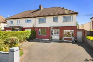 81 Barton Road East, Churchtown, Dublin 14 D14 FD70 Ireland