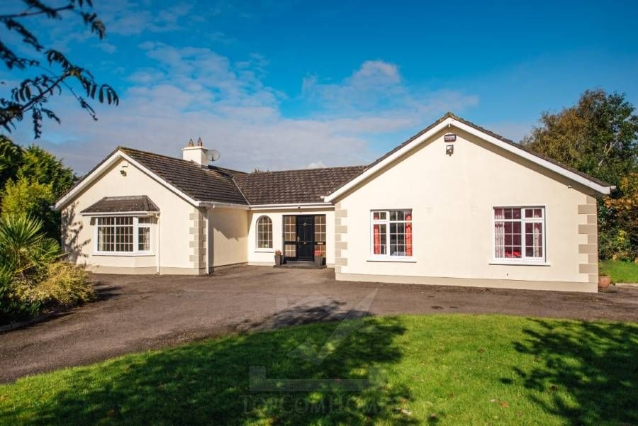 4 Clorane Brook, Ballysax Curragh Co Kildare R56 CD32 Ireland